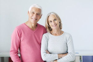 Couple Smiling: Finding a Good Eye Doctor